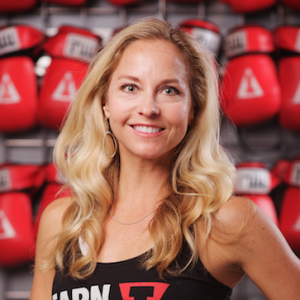 Title Boxing Trainer + Boxing gloves + Andrea