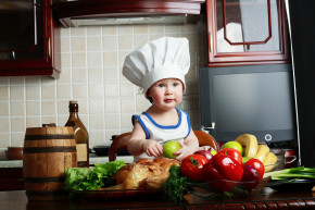baby learn how to cook